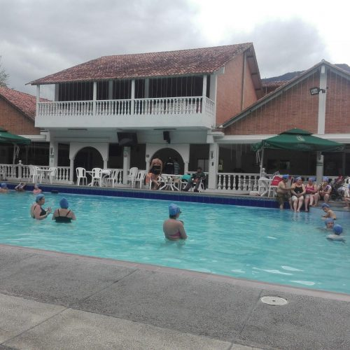 Claire's Itchyfeet.com | Colombian Guides | The Thermal Spa in Choachí
