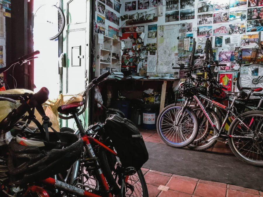 Claire's Itchy feet | Colombia Guides | The Bogotá Bike Tour