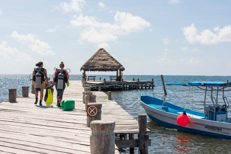 Adventures in Mexico | Scuba Diving in Puerto Morelos