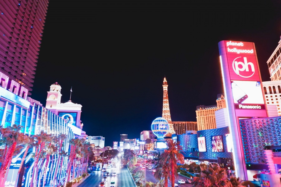 North American Adventures | The solo girls guide to explore Vegas like a local