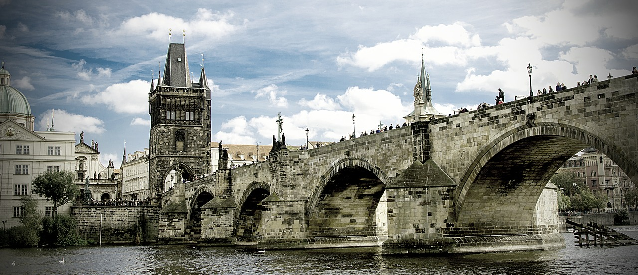 The Solo Girl's Guide to Prague