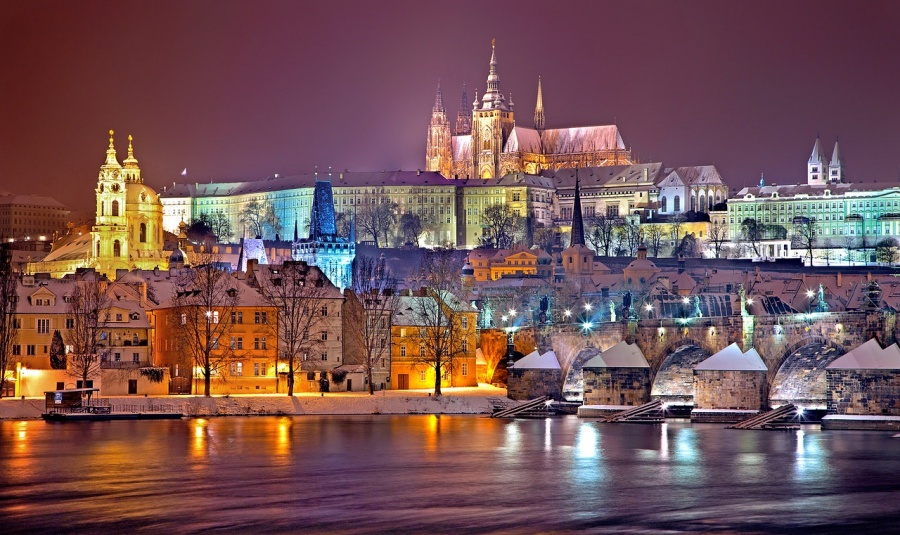 Adventures in Europe | The Solo Girls Guide to Prague | What to see in Prague