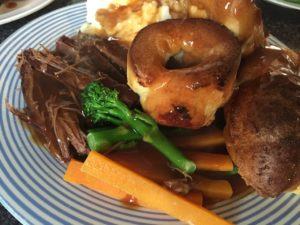 popular food in London sunday roast dinner