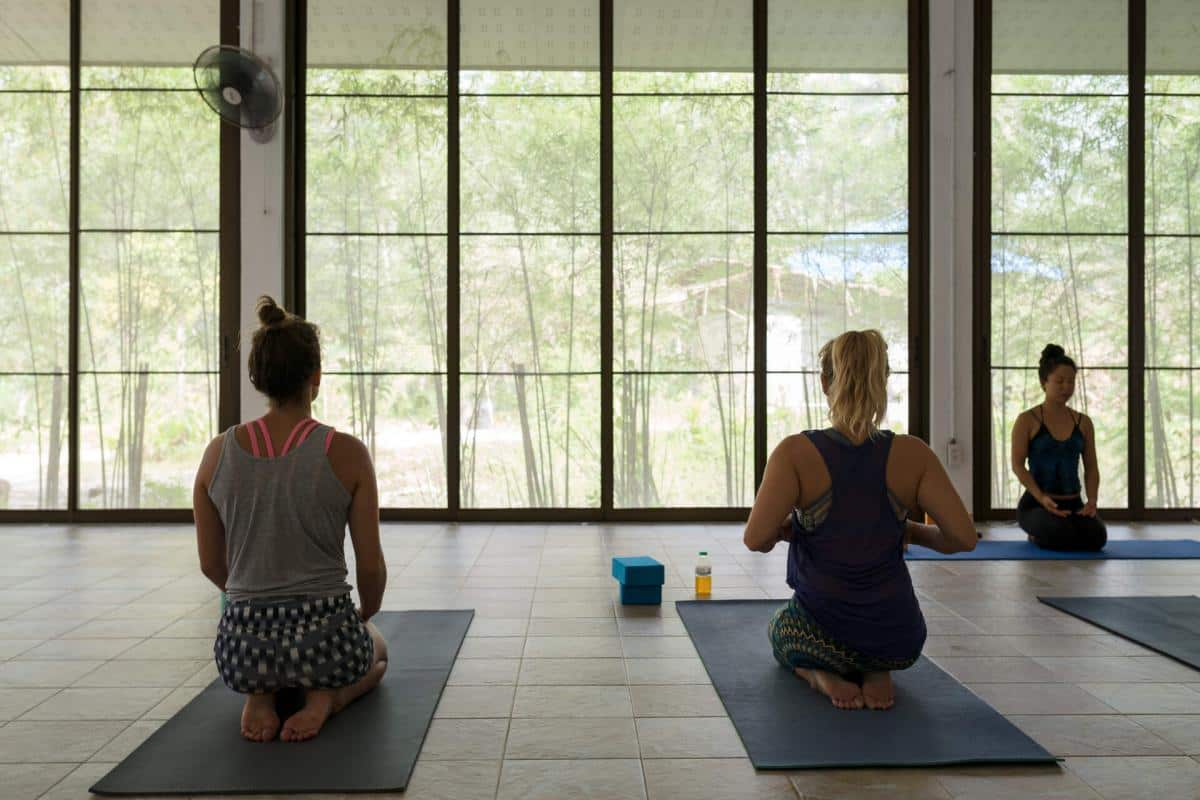 The Best online yoga teacher training courses